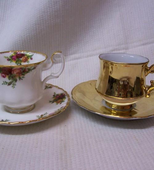 2 kop en schotels espresso 1 x royal albert 001