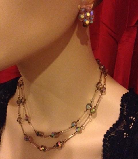 """Vintage jaren 1950 """"mystic topaz"""" collier met oorclips"""