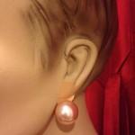 paar  oorclips met grote rose faux parel