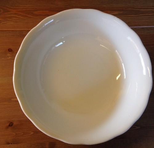 Set van 3 identieke brocante schalen van Societe Ceramique in off white