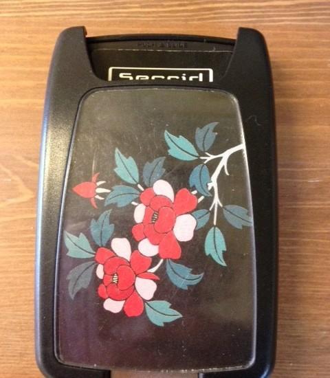 Pashouder zwart met een bloemetje