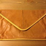 Vintage envelop (tas) van Louis Feraud Paris 1970