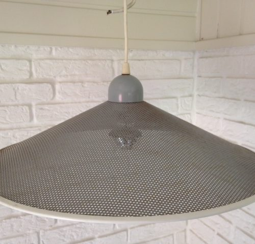 Retro hanglamp van geperforeerd staal uit de jaren 1960