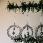 Zeldzame Gablonzer kersthanger of kerstbal