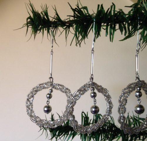 Zeldzame Gablonzer kertsthanger of kerstbal