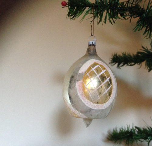 Hele bijzondere antieke kerstbal een in vorm geblazen tol