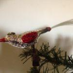 Antieke oude kerstbal een vogel in zilver,  rood en groen 1e kwart 1900