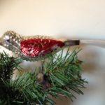 Antieke oude kerstbal een grote vogel in zilver en rood beschilderd 1e kwart 1900