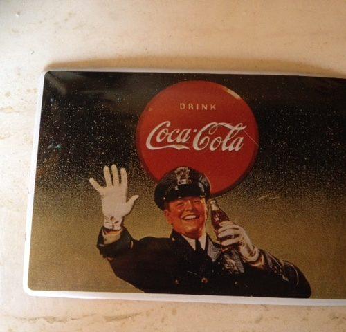 Oude, vintage CoCa Cola kerstkaart van metaal 1995