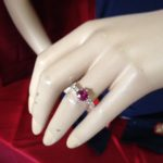 14 karaat witgouden ring met roze toermalijn en 0,20 ct. briljant geslepen diamant