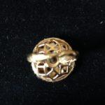 Gouden cocktail ring met 21 edelsteen kleurstenen uit de sixty's