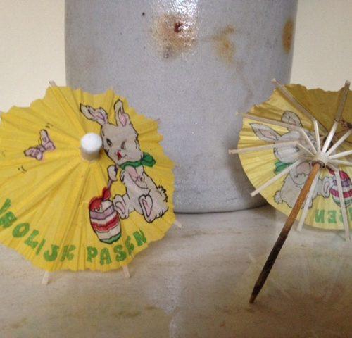 set van 2 schattige brocante Pasen papieren parasol prikkers