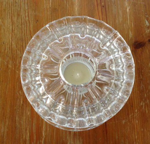Theelicht of rechaud 2-delig van persglas uit de jaren 1930