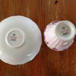 Engelse kop en schotel met roze roosjes Ridgway Potteries ltd.