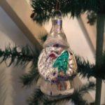Kerstman in zilver geboren in het midden van 1900