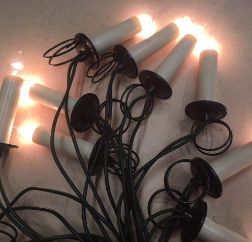 Bijzonder Philips snoer met 16 lampjes op metalen klemmen of veren