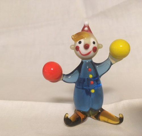 Murano beeldje van een clown met 2 ballen
