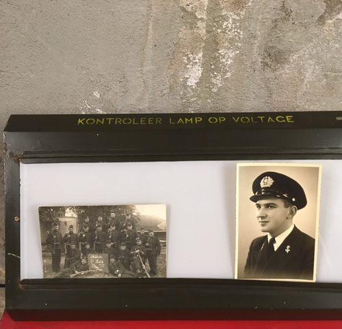 Retro vintage industriele lichtbak voor medici in het leger