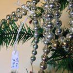 Oude antieke kerstboom slinger 105 cm. van dun geblazen glas in zilver begin 1900