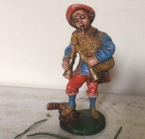 Antieke oude Kerst herder met doedelzak van early plastic uit de fifty's