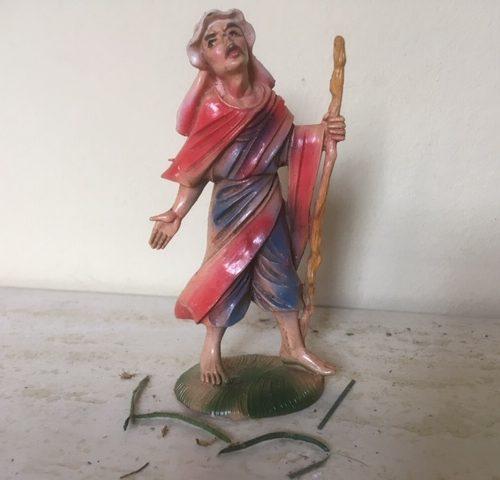 Oude antieke Kerst herder met stok van early plastic uit de jaren 1950-1960