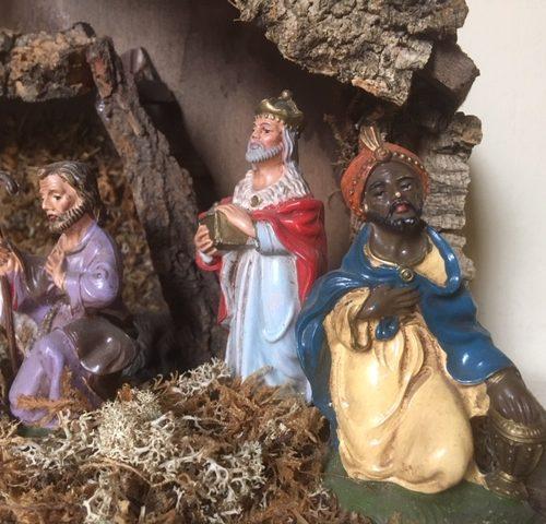 10 Oude antieke early plastic Kerst figuren in kerststal uit de jaren 1950-1960