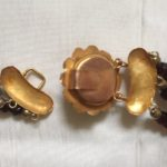 Collier met gouden slot met granaten aan 3 rijen boerengranaten 3e kwart 1900