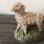 Lief kunststof schaapje uit de jaren 1970