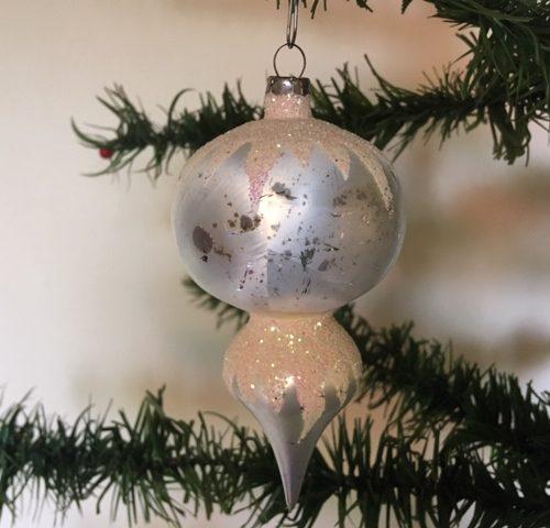 Oude antieke kerstbal een tol van dun geblazen glas in matzilver 2e helft 1900