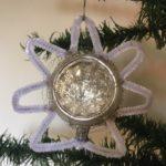 Oude antieke ster van Betlehem of kerstster van dun glas en chenille ster 1e helft vorige eeuw