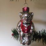 Oude antieke Kerst beer in rode outfit 2e helft vorige eeuw