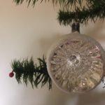 Oude antieke krater of deukbal van dun geblazen glas in zilver 1e kwart 1900(zw)