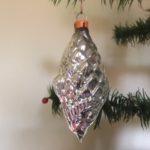 Antieke oude kerstbal een vis van dun geblazen glas in zilver 1e helft vorige eeuw