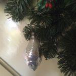 Antieke oude vis van dun geblazen glas in zilver en wit 1e kwart 1900