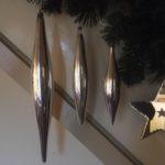 Oude antieke 30 cm. giga grote kerstbal pegel van dun geblazen glas in zilver 1950-1960