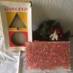 Retro oude verpakking met zilver/roze Kerstslinger jaren 1950