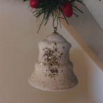 Antieke oude watten kerstklok met mica versiering rond 1900