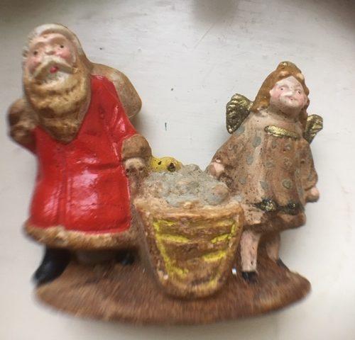 Antieke mini kerstman en mini kerstengel van masse geboren rond 1900