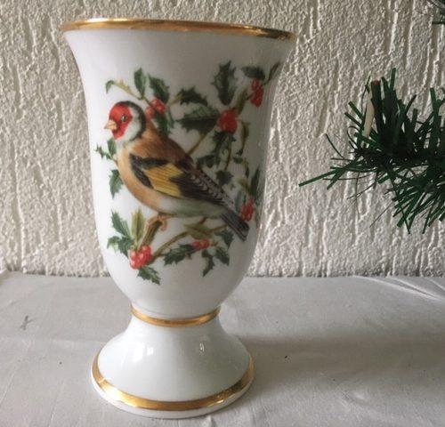 Kerst vaas met vogel van Oiseaux chanteurs de l'europe van Franklin porcelaine Paris