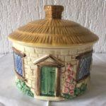 Oude antieke majolica cottage ware dekselpot van Sylvac England jaren 1940