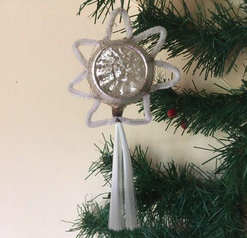 Antieke oude kerstster in zilver met staart, draadwerk en chenille begin 1900