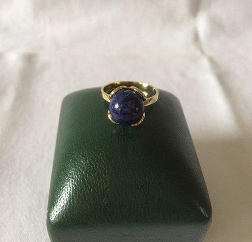 BWG 8 kt. geelgouden ring met lapis lazuli