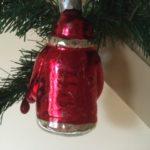 Oude, grote kerstman van geblazen glas in zilver , rood en groen 3e kwart 1900