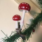 Antiek stel paddenstoelen van dun geblazen glas op 1 klem of veer 1e kwart 1900